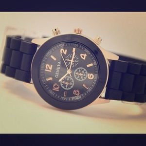 Accessories - Black quartz movement glass face flexible silicone